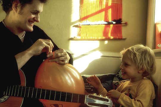 Harry Chapin & Son Josh © Joe DiMaggio